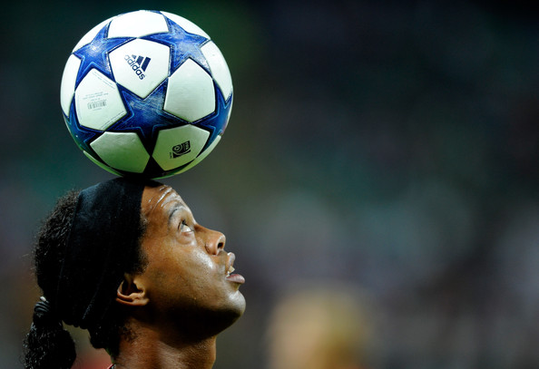 "Brazilian Football Icon Ronaldinho Arrives In Budapest To Promote Hungarian Sport Invention ""Teqball"" post's picture"