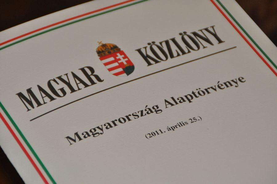 Hungarian Ruling Parties, Right-Wing Opposition Come To Agreement On Constitutional Amendment post's picture