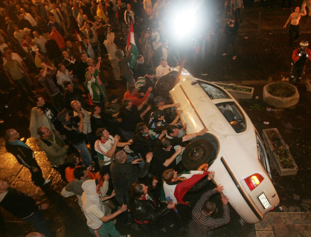 Ten Years Ago: Infamous Acts Of Police Brutality On Budapest's Streets On 50th Anniversary Of 1956 - Videos!