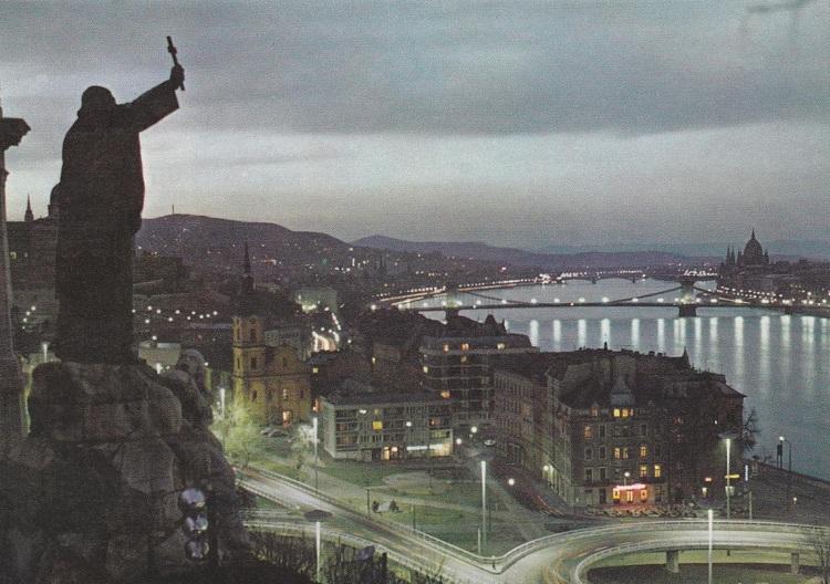 budapest-i-kerulet-gellert-szobor