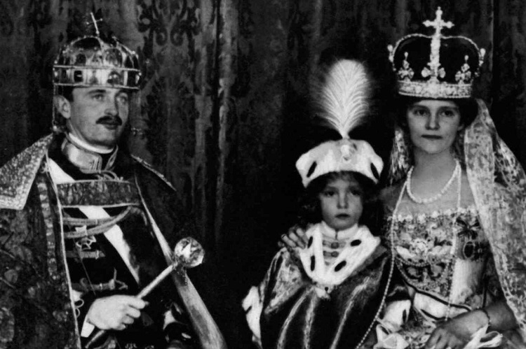 The Last Hungarian King Was Crowned 100 Years Ago – Exhibition Opened In National Museum post's picture