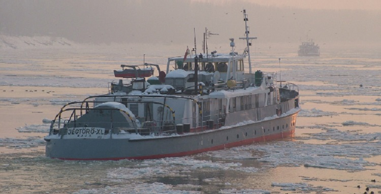 Breaking the Ice at the Border – Ships Head To The Frozen Danube post's picture