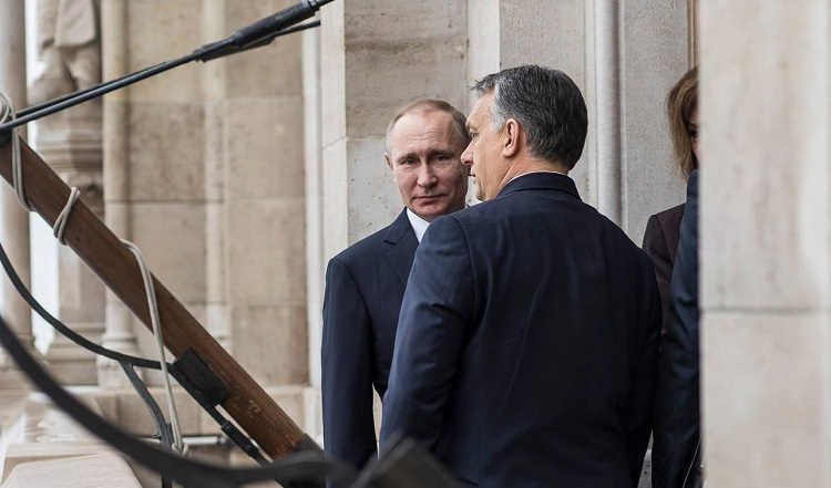 Here's What Putin's Visit To Hungary Looked Like – Photos & Video! post's picture