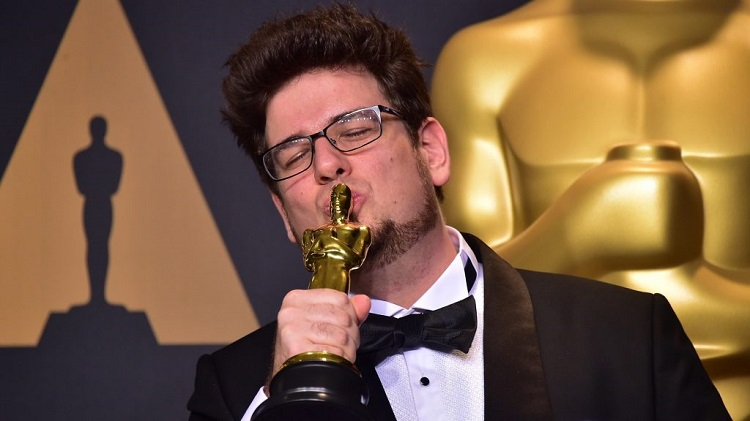 Los angeles times oscar winner sing hungarian film