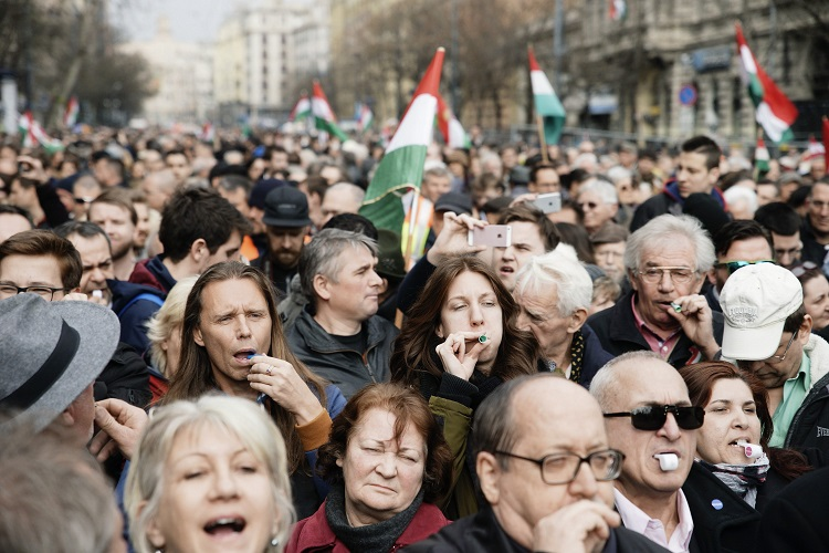 Hungarian Opposition Parties Rally, Whistle Against Orbán Government on March 15th National Holiday post's picture