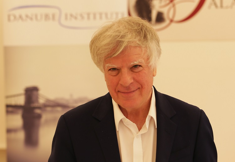 "David Satter at the Danube Institute's ""Debating Democracy"" Conference."