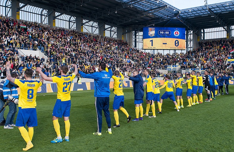 The 50th DAC-Slovan derby was played in front of a full house (7000 supporters) in Dunaszerdahely