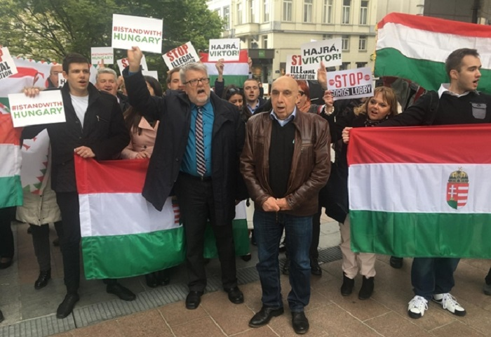 "Hungarian Demonstration In The ""Capital Of Europe"" – CÖF Activists Fly To Brussels For Protest post's picture"