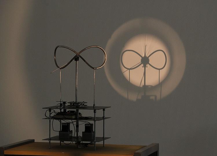 Csörgõ Attila Secession, Wien / Óramû/ Kinetikus szerkezet 2011 (image: artmap.com)