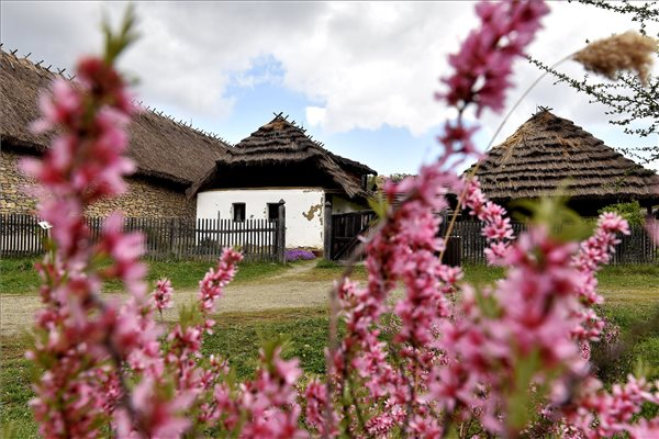 What To Do On Labor Day? The Skanzen Waits For You With Free Programs post's picture