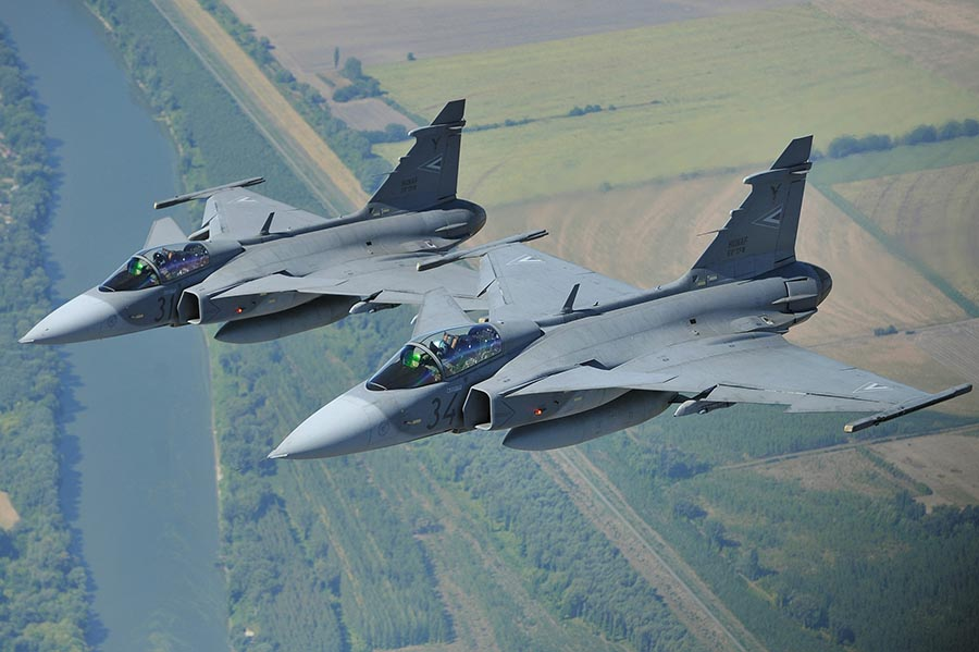 Hungarian Gripens Intercept Unidentified Aircraft post's picture