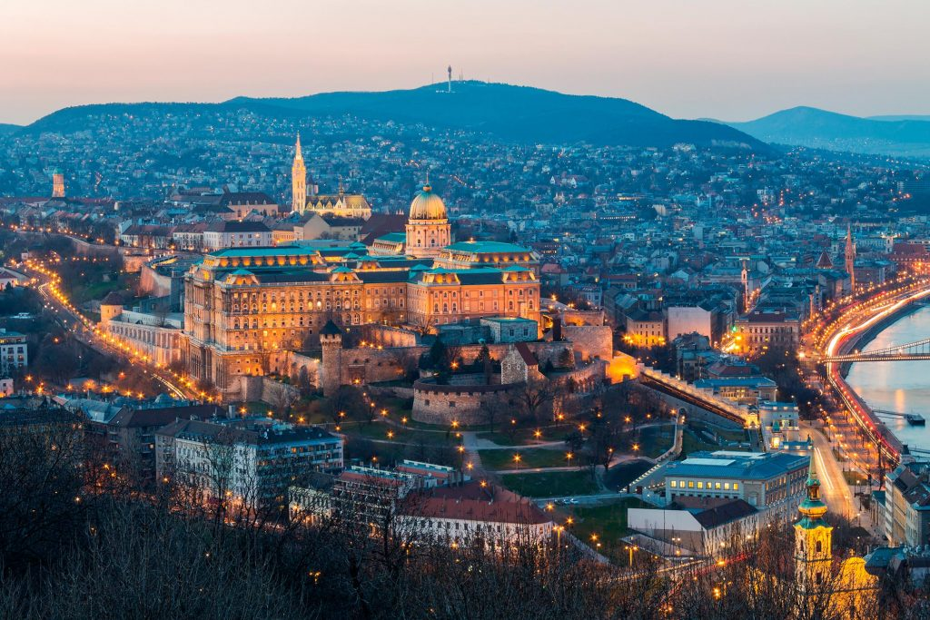 """""""The Pearl Of The Danube"""" – City Video Guide Of Budapest Presented By Expedia post's picture"""