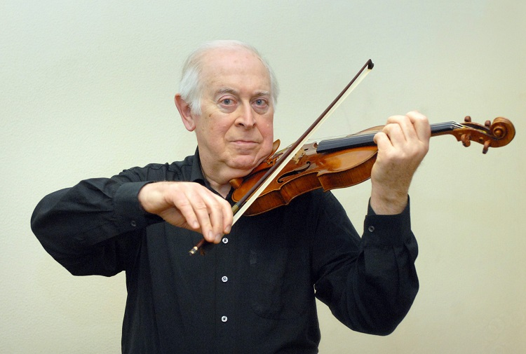 Award-Winning Hungarian Violinist Péter Komlós Passes Away at 81 post's picture