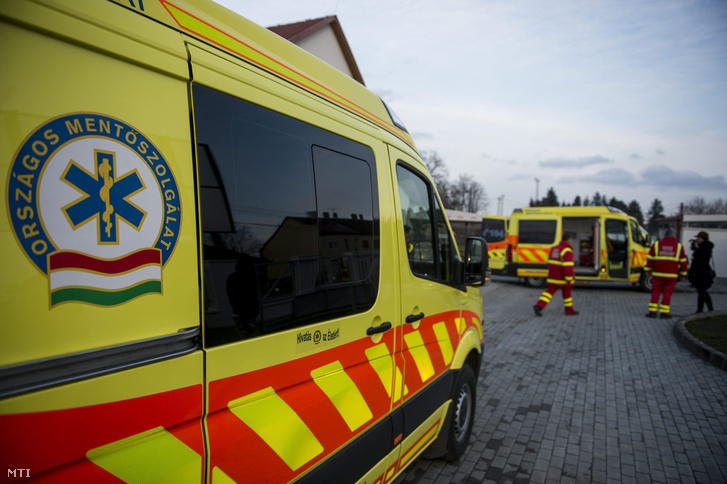 National Ambulance Day Held For The First Time As Fidesz, Jobbik Clash Over Health Care post's picture