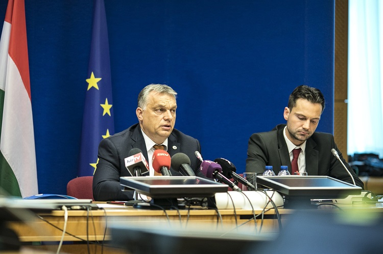 "Hungary PM Orbán Hails EU Summit As Possible ""Starting Point"" For Future European Army post's picture"