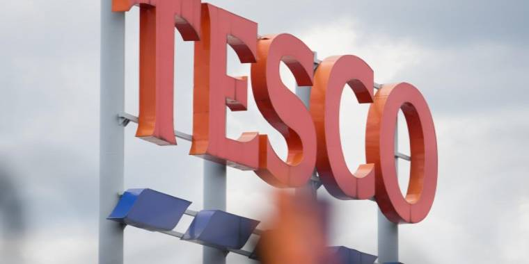 Hungarian Tesco Workers Raise Their Voices Demanding Wage Rise post's picture