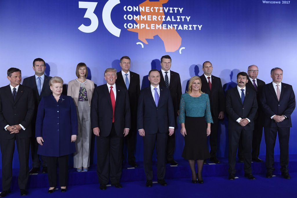President Áder Meets with Central and Eastern European Heads of State, While Hungary and Trump are Moving in Opposite Directions on Natural Gas post's picture