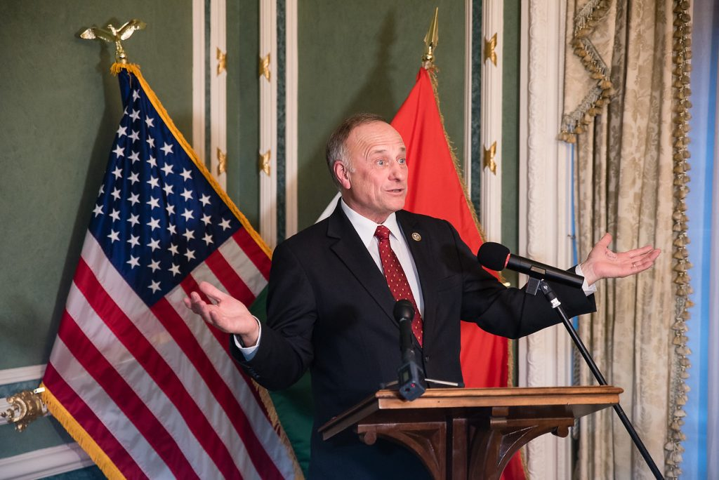 Republican Congressman Steve King Compares Orbán to Winston Churchill post's picture