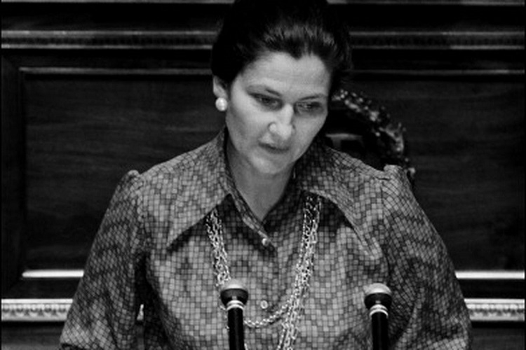 hungarian justice minister pays tribute to renowned french politician simone veil at paris. Black Bedroom Furniture Sets. Home Design Ideas