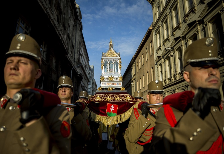 August 20: Here's How Hungary Celebrated Its 1000+ Birthday – Photo Gallery! post's picture