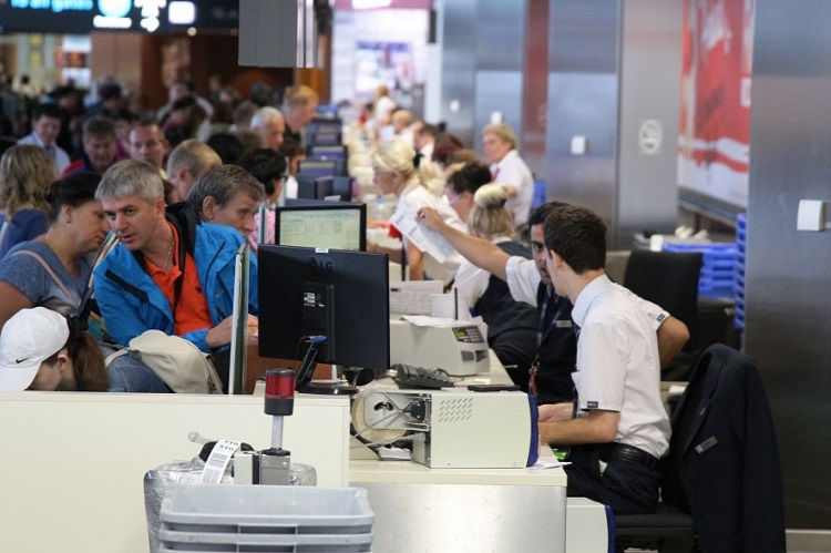 Liszt Ferenc Airport Sees Sky-High Number of  Passengers Due To International Sporting Events Held in Hungary   post's picture