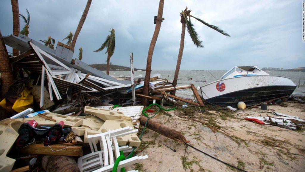 Hurricane Irma Forces Nine Hungarians To Leave Disaster-Hit Caribbean Island St Martin post's picture