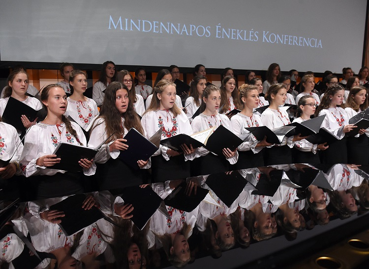 The Importance Of Singing – Conference On Plans To Introduce 'Singing Every Day' At Hungarian Schools post's picture