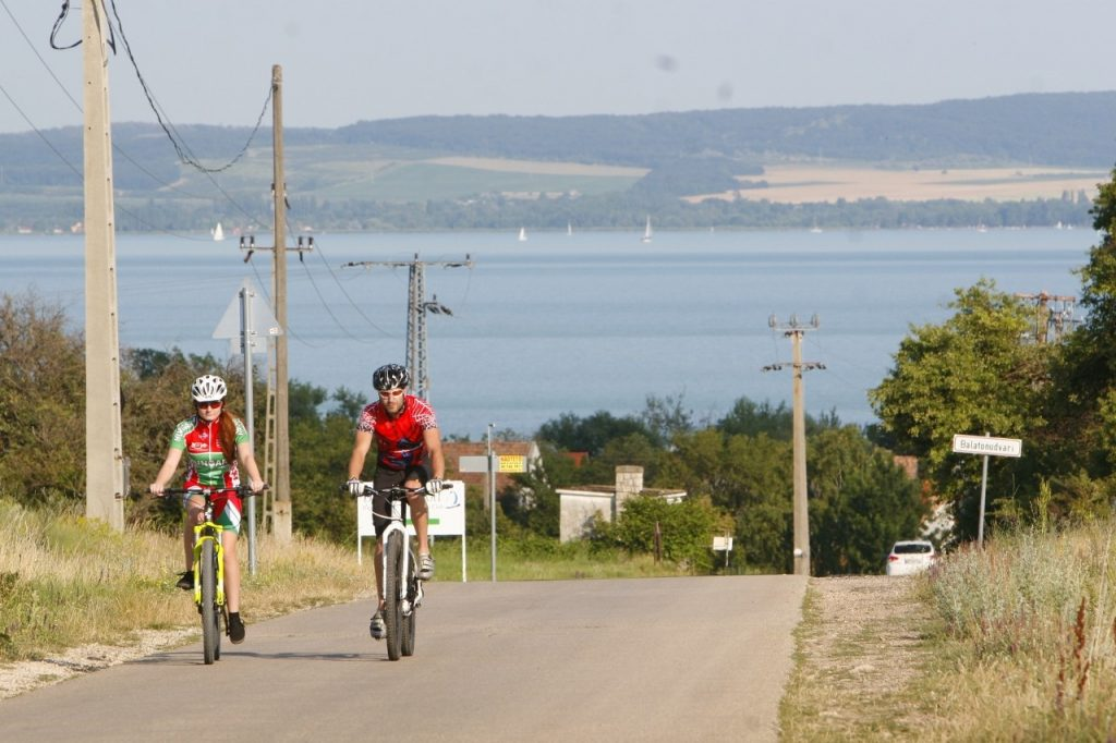 Beginning in 2019, You'll Be Able to Ride Your Bike from Budapest Straight to Lake Balaton post's picture