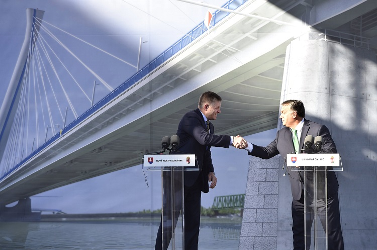 Hungarian, Slovak Premiers Hail Visegrad Cooperation At Joint Danube Bridge Ceremony In Komárom post's picture