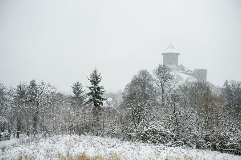 Let it Snow: Hungary Hit With First Major Snowfall of the Season – Photo Gallery! post's picture