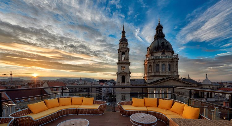 Cocktails in the Clouds: Budapest's Best Rooftop Bars post's picture