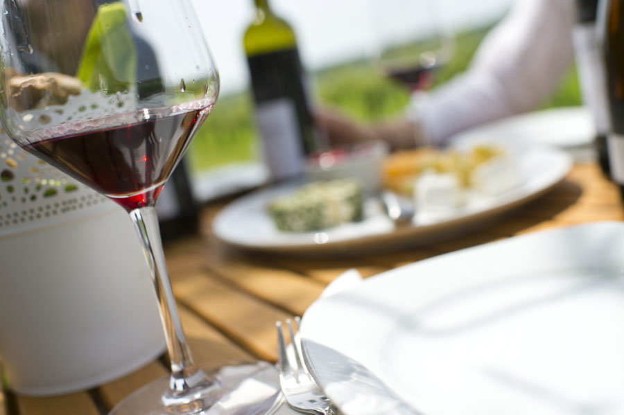 Hungarian Wine Drinkers Stay Loyal to Locally Produced Wine post's picture