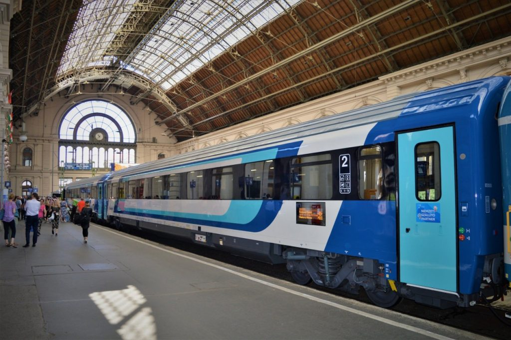 Hungarian Railway to Launch Brand New, Faster InterCity Carriages post's picture