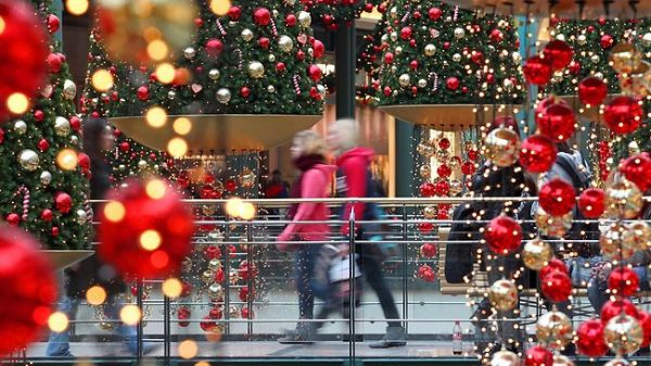 Hungarians to Spend 3-4% More on Christmas Present This Year post's picture