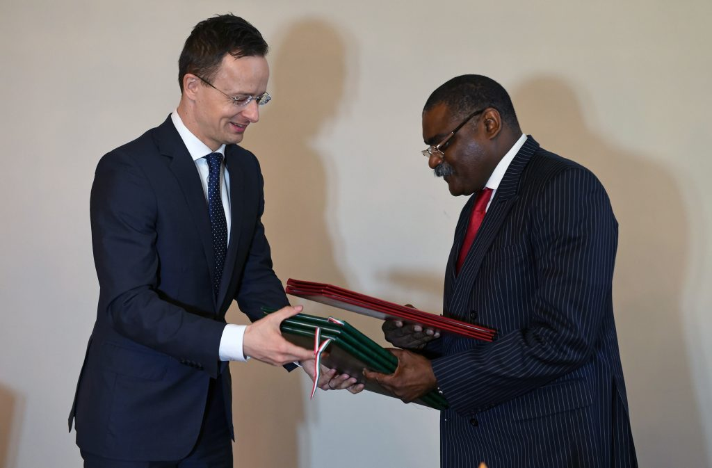 Hungary Reopens Embassy in Luanda, Strengthens Ties with Angola post's picture