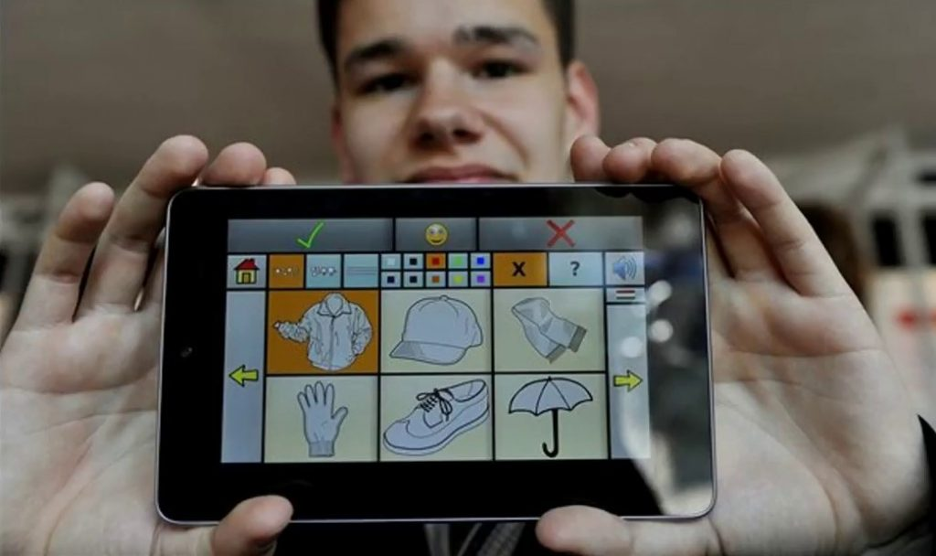 New Hungarian Smartphone App Helps People With Language Disorders Speak post's picture