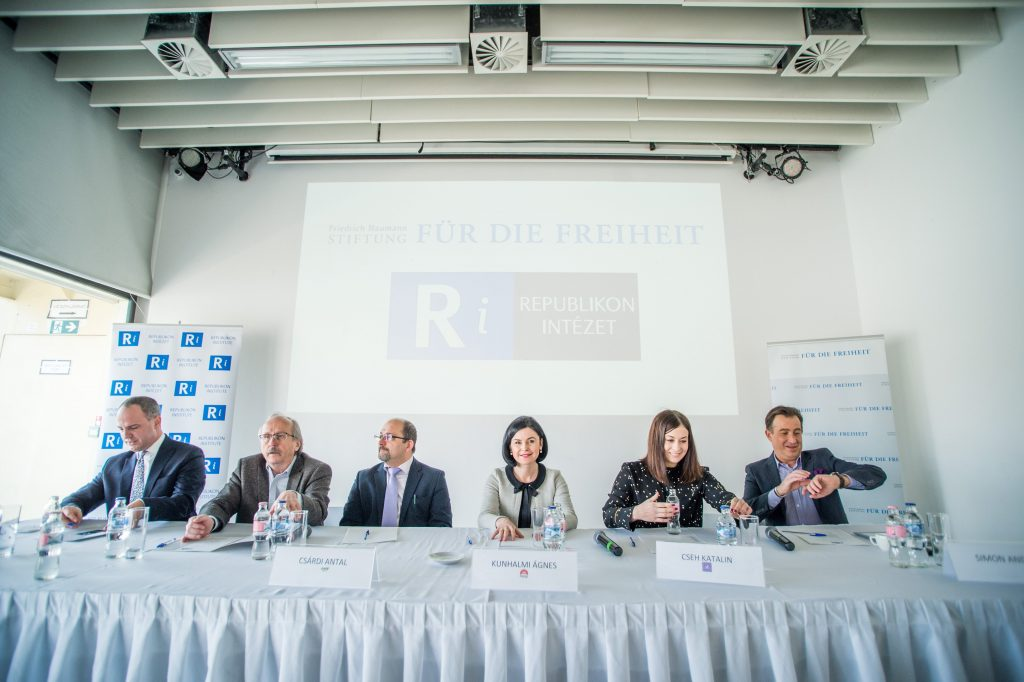 Elections 2018: More Soros; Debate around Jobbik; Karácsony Insists on Basic Income; Hungarians Abroad Expect High Turnout post's picture
