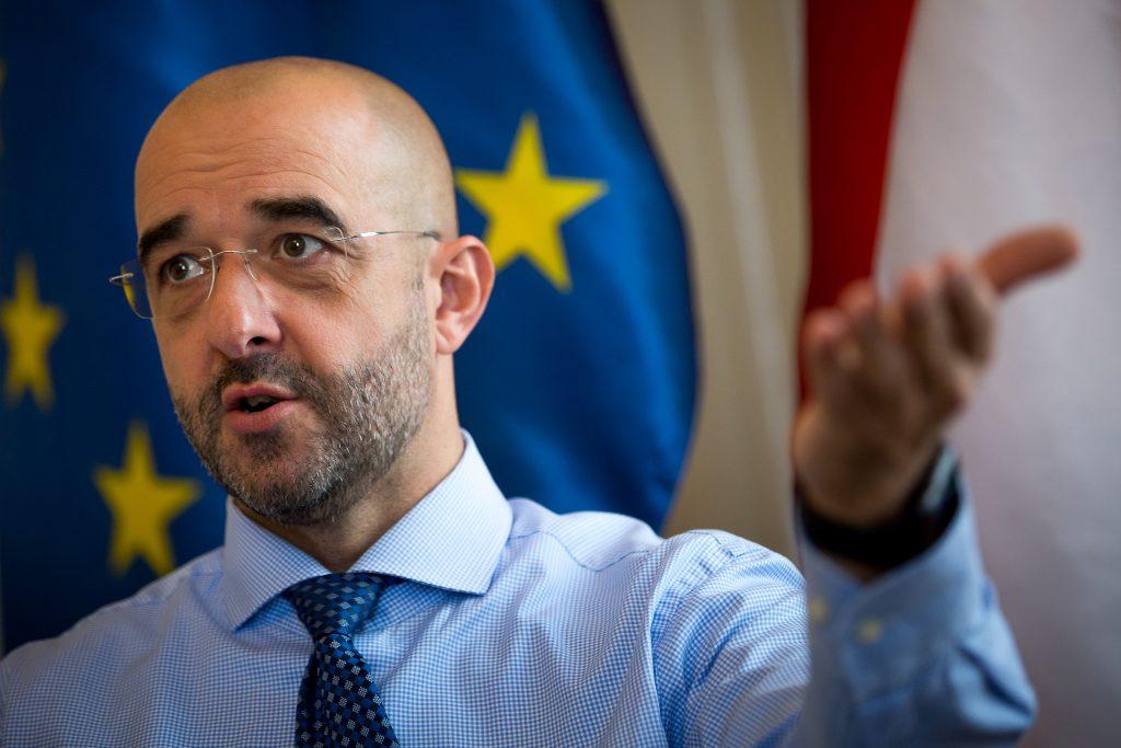 Govt Spox: Gap Between Western Elite, Public Growing post's picture