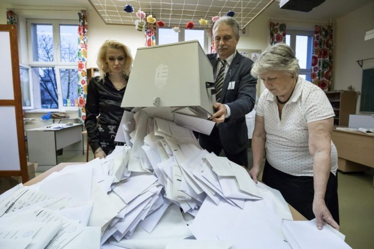 Parties Delegate 4,000 to Vote-counting Cttees so far post's picture