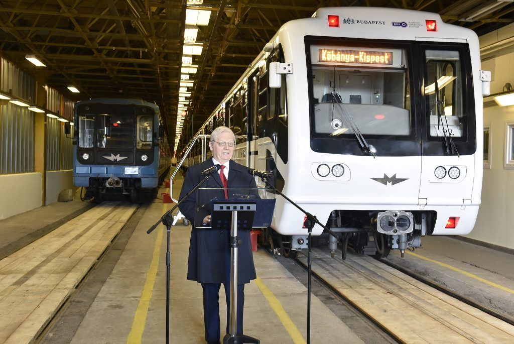 Tarlós: Upgrade of M3 Metro Line Trains is Nearly Complete post's picture