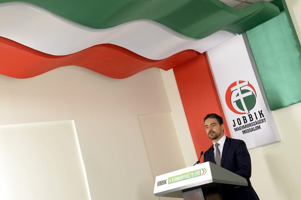 Gábor Vona Won't Take up Jobbik Parliament Seat; Nézőpont Institute Says the Party May Split post's picture