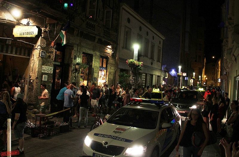 UPDATE: Acid Attack in Budapest Injures Four - Hungary Today
