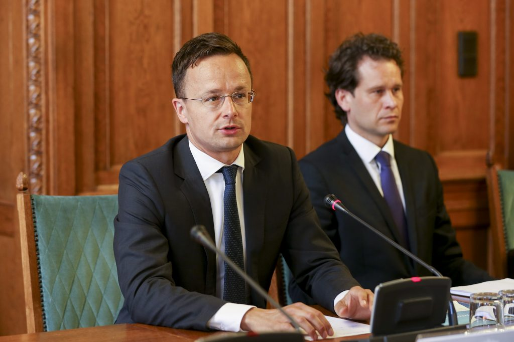 Szijjártó: Hungarian Interest Key Guide to its Foreign Policy post's picture
