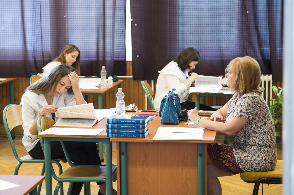 High School History Exams Held Throughout Hungary Today post's picture