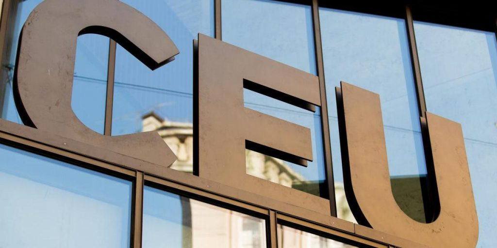 CEU Welcomes Weber's Help, Wants Legal Assurances from PM Orbán post's picture