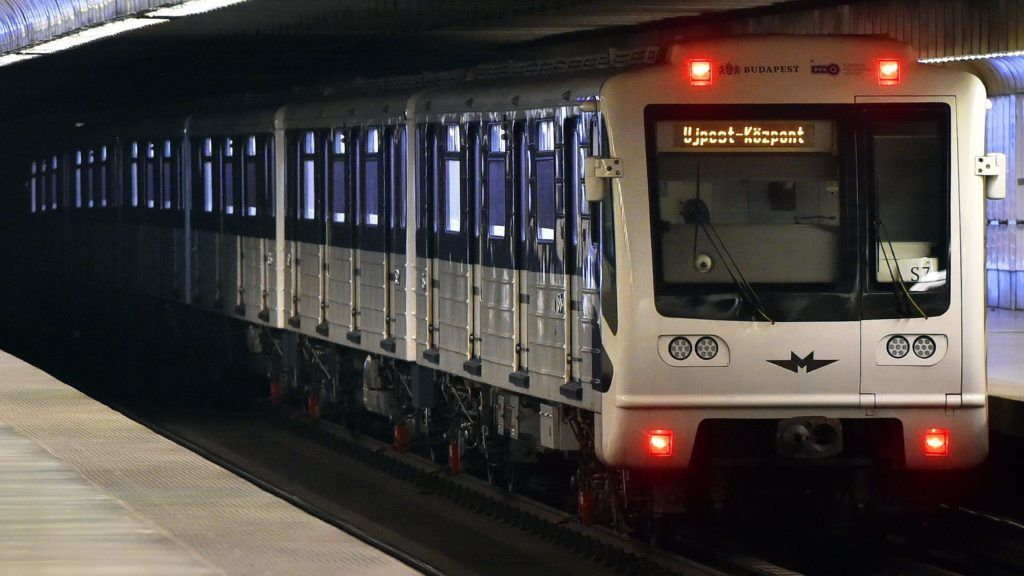 Opposition Parties Suspect Fraud Surrounding Upgrade of Budapest's M3 Metro Trains post's picture