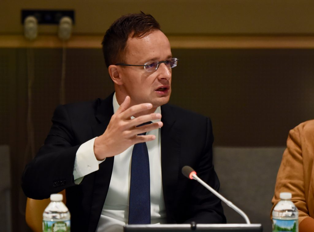 Szijjártó: Hungary Won't 'Rush Into an Abyss' post's picture