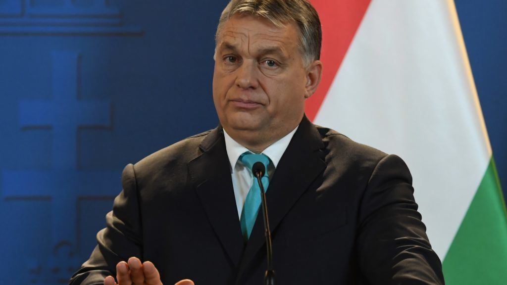 Orbán Sends Thank You Letters to Those Who Voted No to Sargentini Report post's picture