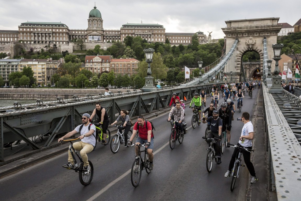 Budapest Goes Greener: Take Advantage of the Car, Bike and Scooter-Sharing Boom post's picture