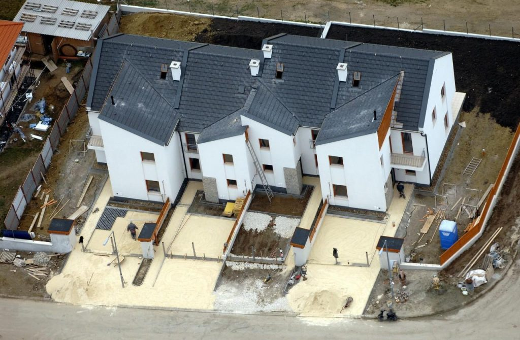 It Costs Much More to Build a House in Hungary post's picture